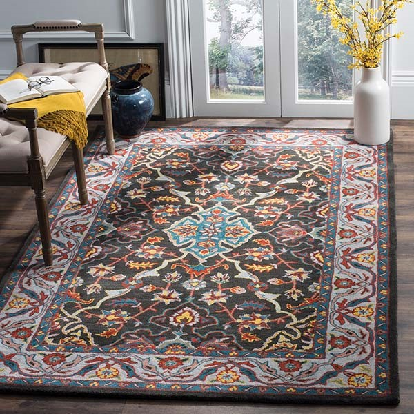 Charcoal, Ivory (A) Traditional / Oriental Area Rug