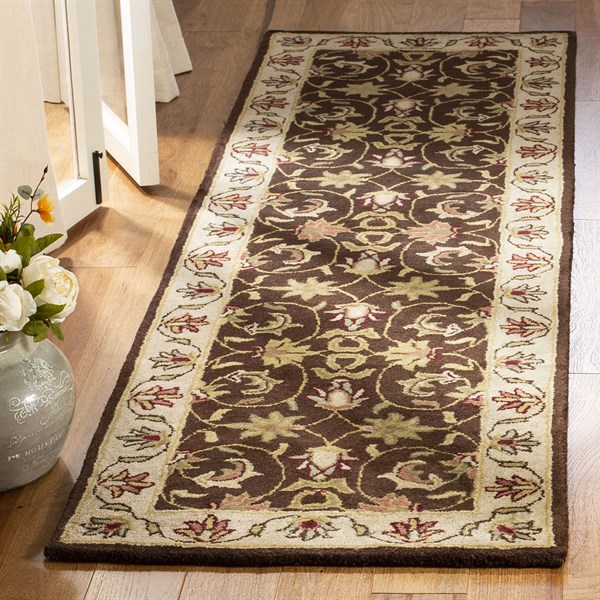 Brown, Beige (A) Traditional / Oriental Area Rug