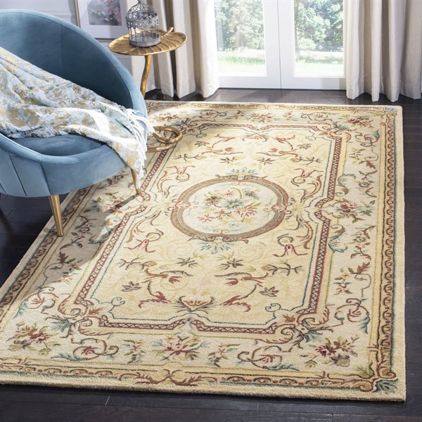 Light Gold, Beige (A) Traditional / Oriental Area Rug