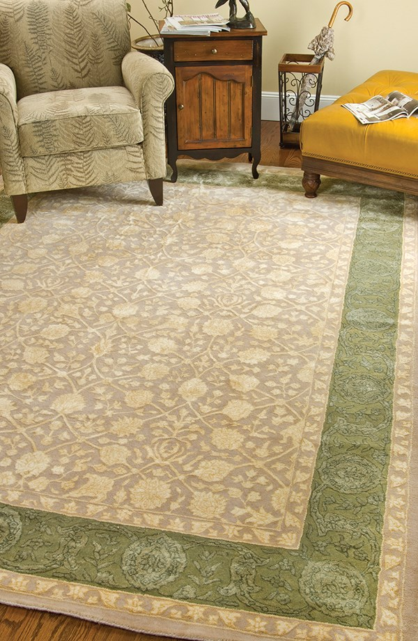 Ivory, Sage (A) Traditional / Oriental Area Rug