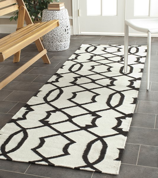 Ivory, Charcoal (D) Contemporary / Modern Area Rug
