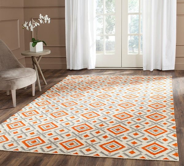 Ivory, Tangerine (A) Contemporary / Modern Area Rug