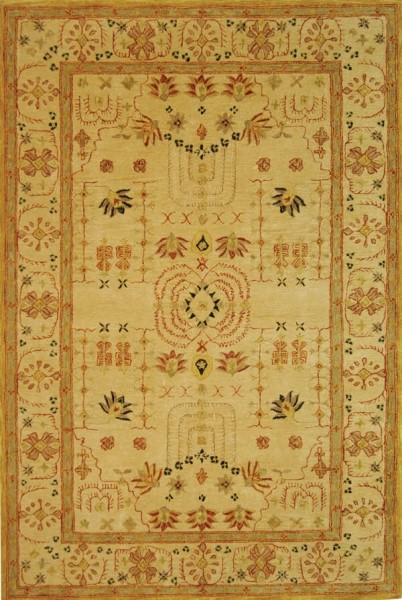Sand, Sand (A) Traditional / Oriental Area Rug