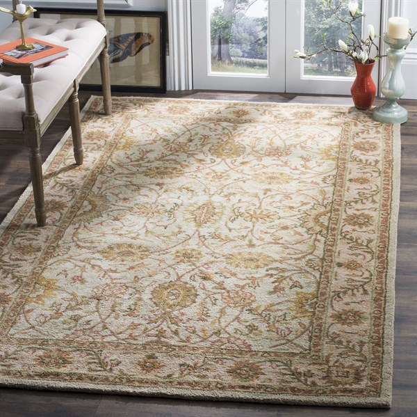 Ivory, Light Green (A) Traditional / Oriental Area Rug
