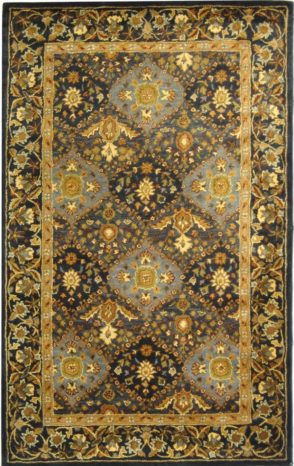 Blue (A) Traditional / Oriental Area Rug