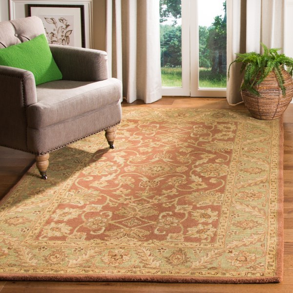 Rust, Green (E) Traditional / Oriental Area Rug