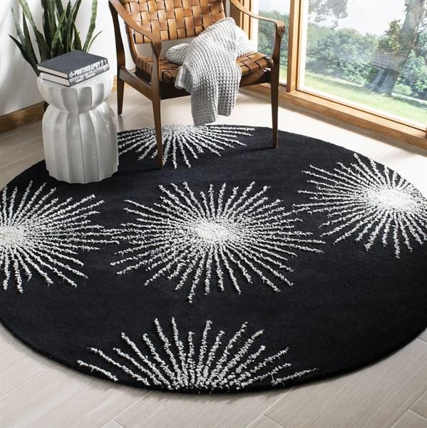 Black, White (D) Contemporary / Modern Area Rug