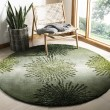 Product Image of Green, Ivory (G) Contemporary / Modern Area Rug
