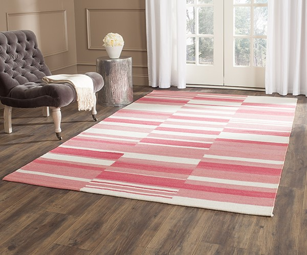 Pink, Ivory (C) Contemporary / Modern Area Rug