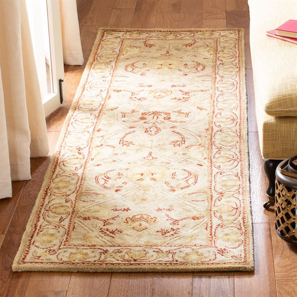 Moss, Beige (G) Traditional / Oriental Area Rug