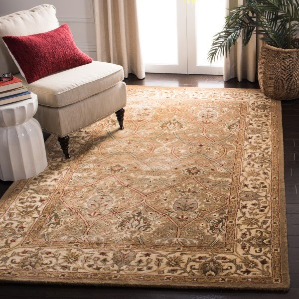Light Green, Beige (A) Traditional / Oriental Area Rug