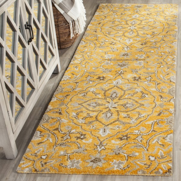 Gold, Taupe (A) Traditional / Oriental Area Rug