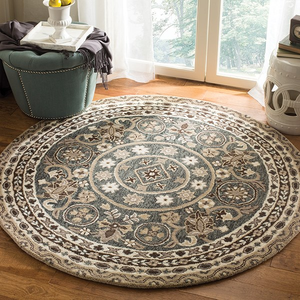 Grey, Taupe (A) Traditional / Oriental Area Rug