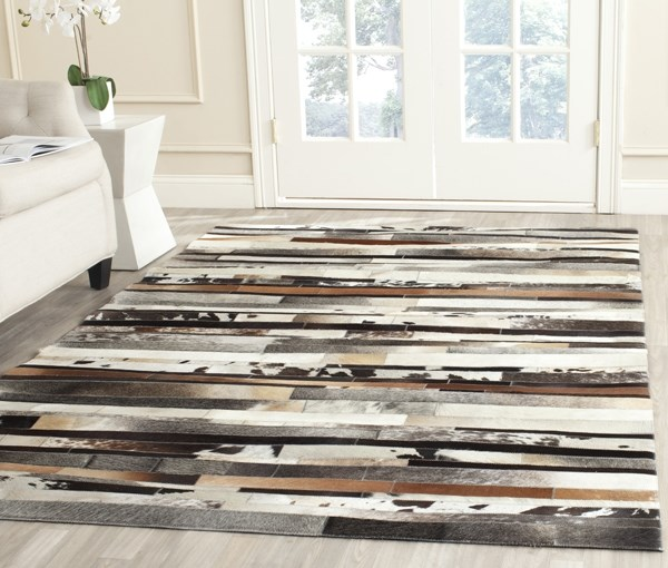 Ivory, Brown (A) Contemporary / Modern Area Rug