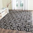 Product Image of Ivory, Black (A) Contemporary / Modern Area Rug
