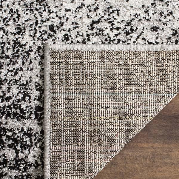 Silver, Black (A) Contemporary / Modern Area Rug