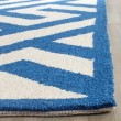 Product Image of Ivory, Blue (K) Contemporary / Modern Area Rug