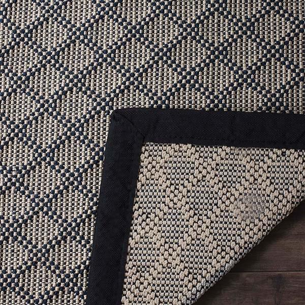 Ivory, Black (A) Casual Area Rug