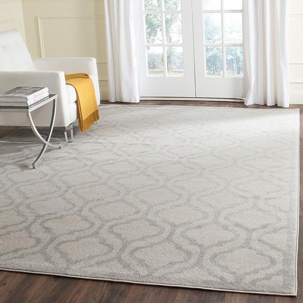 Ivory, Light Grey (K) Contemporary / Modern Area Rug