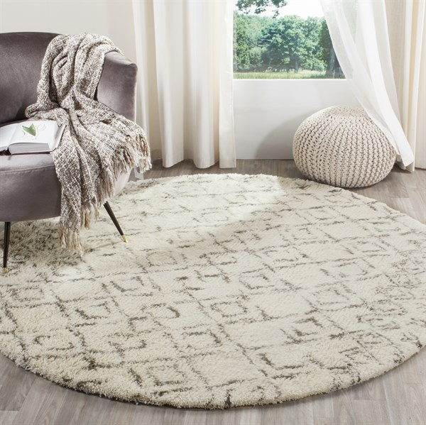 White, Grey (A) Southwestern / Lodge Area Rug