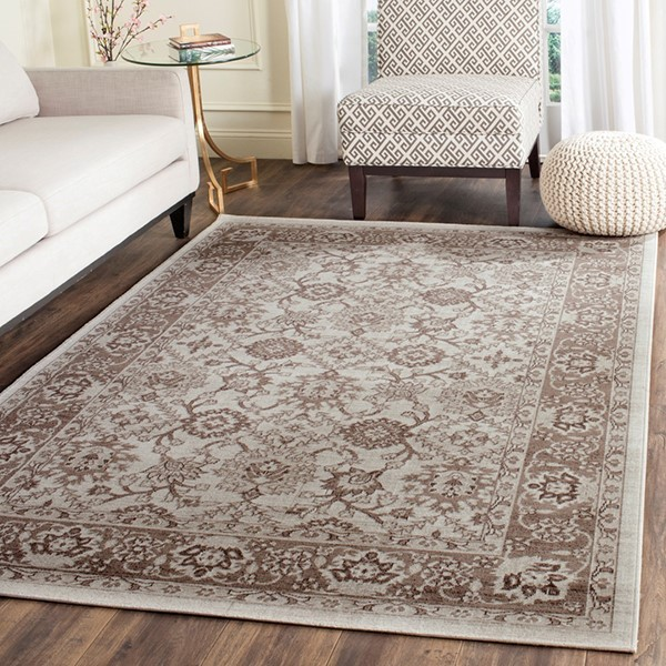 Ivory, Brown (M) Traditional / Oriental Area Rug