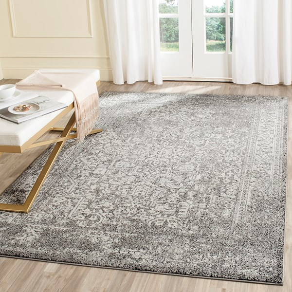 Grey, Ivory (D) Rustic / Farmhouse Area Rug