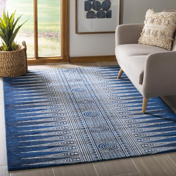 Royal, Ivory (A) Moroccan Area Rug