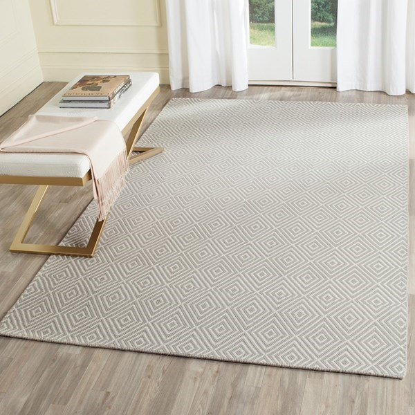 Light Grey, Ivory (D) Transitional Area Rug