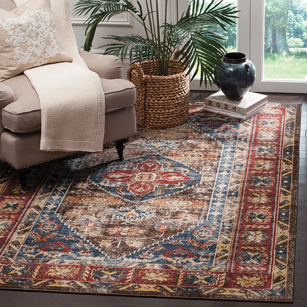 Brown, Royal (C) Traditional / Oriental Area Rug