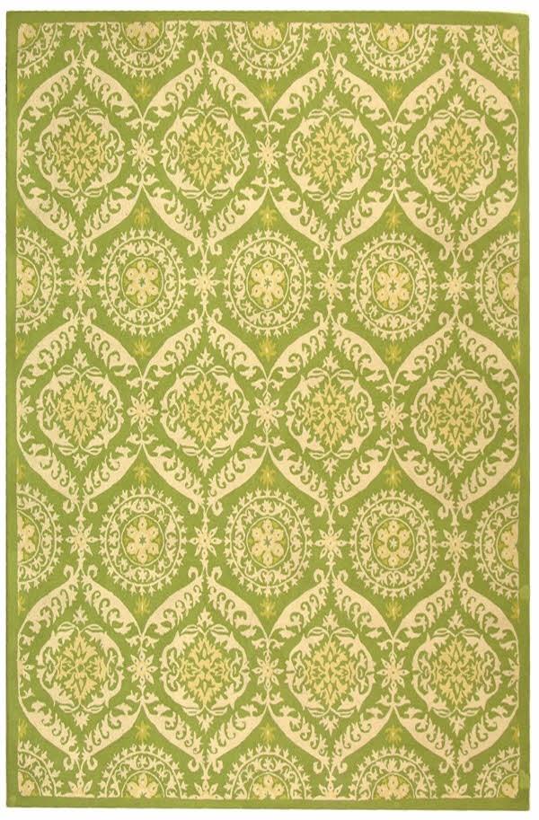 Green, Beige (B) Traditional / Oriental Area Rug