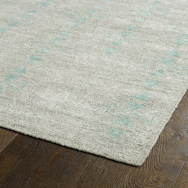Silver (77) Transitional Area Rug