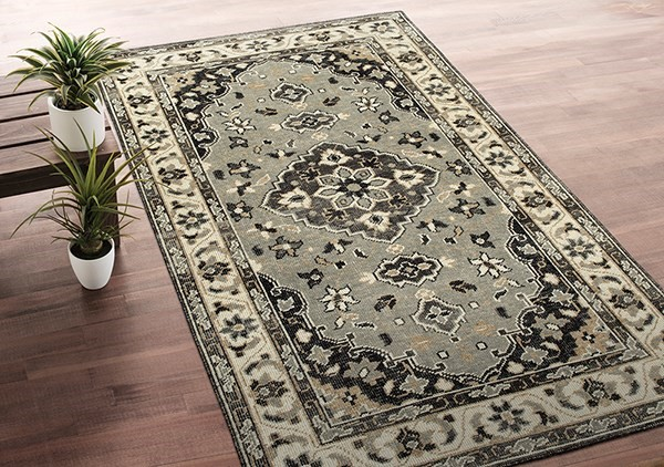 Grey (75) Traditional / Oriental Area Rug
