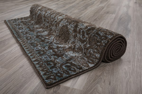 Chocolate Traditional / Oriental Area Rug