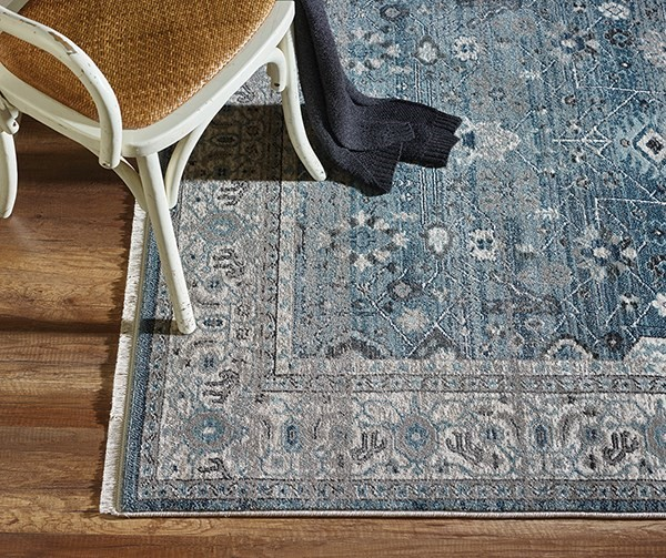 Light Blue (6881-500) Traditional / Oriental Area Rug