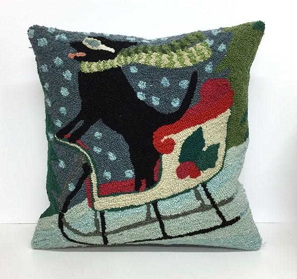 Transocean Dog Rug: Liora Manne Front Porch Pillows Sledding Dog Pillows