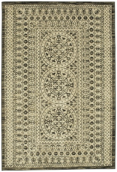 Beige, Charcoal (Onyx) Traditional / Oriental Area Rug