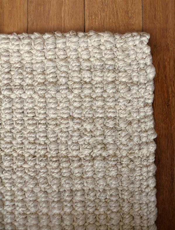 Ivory (AMB-0338) Rustic / Farmhouse Area Rug
