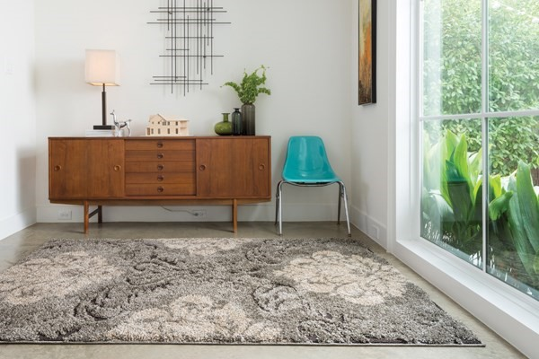 Smoke, Beige Traditional / Oriental Area Rug