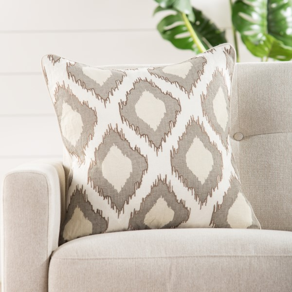 Beige, White Contemporary / Modern pillow