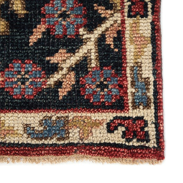 Red (SLN-02) Traditional / Oriental Area Rug