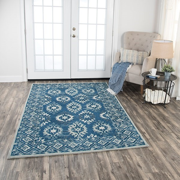 Blue, Natural, Grey, Dark Blue Traditional / Oriental Area Rug