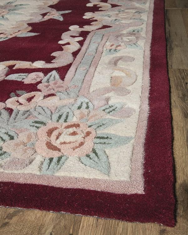 Burgundy Traditional / Oriental Area Rug