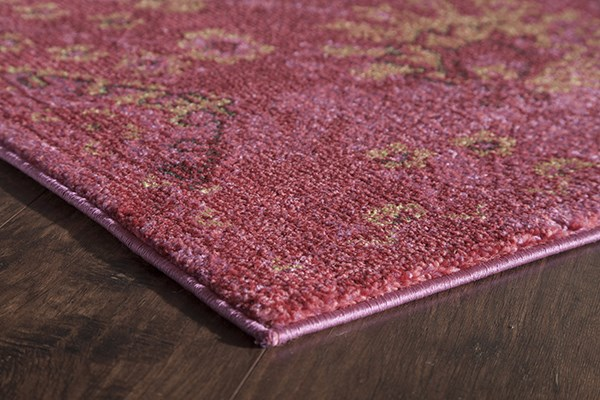Fuchsia (B) Traditional / Oriental Area Rug