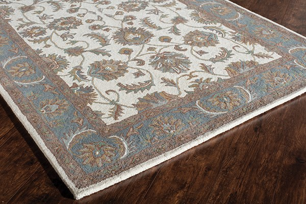 Ivory, Light Blue Traditional / Oriental Area Rug