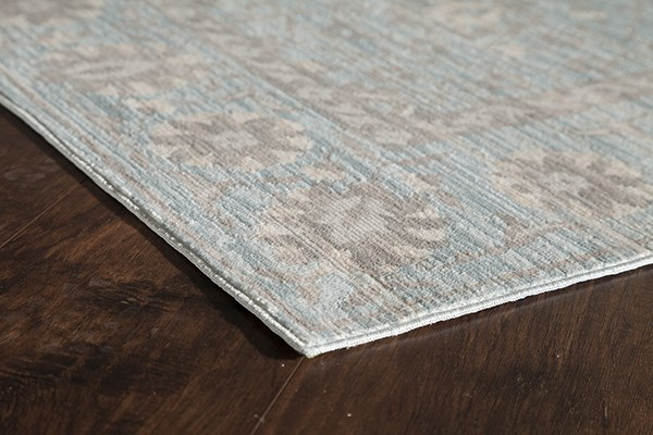 Blue, Rose (A) Traditional / Oriental Area Rug