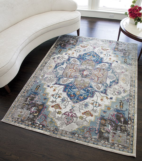 White, Ivory (B) Traditional / Oriental Area Rug