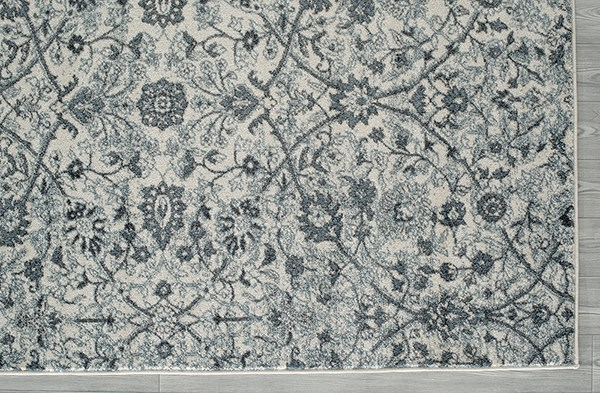 Light Blue, White Traditional / Oriental Area Rug