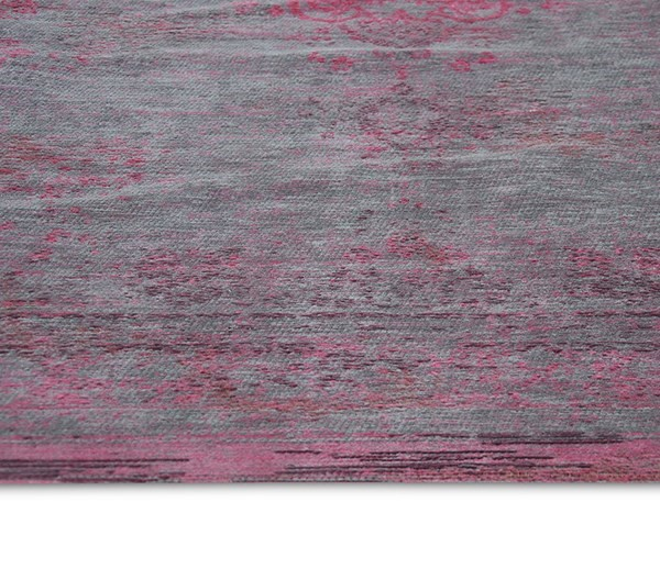 Grey, Pink (8261) Traditional / Oriental Area Rug