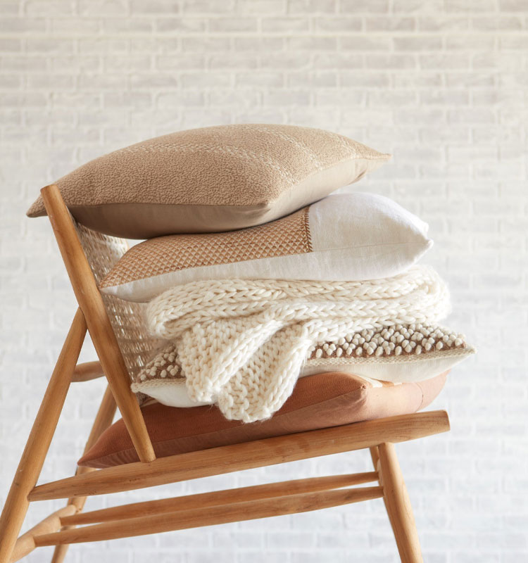 Pillows, Poufs and Throws