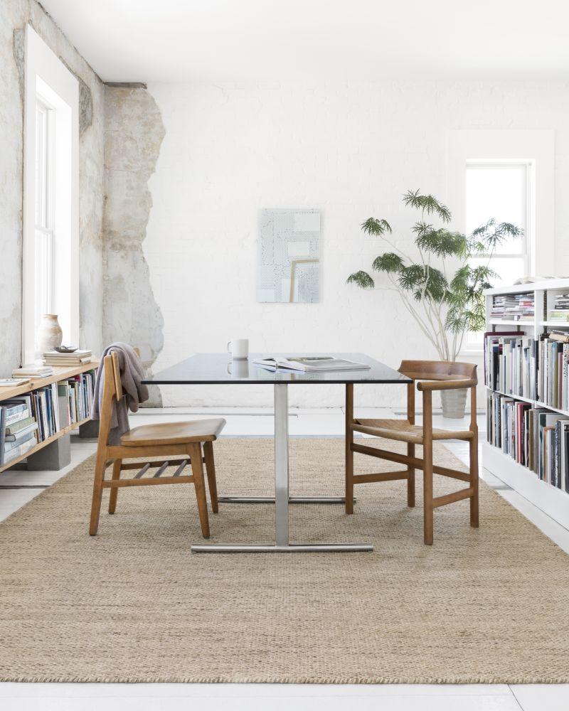Natural Dining Room Rug Ideas